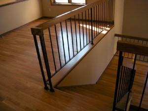 Hardwood-floor-stairs-and-landing